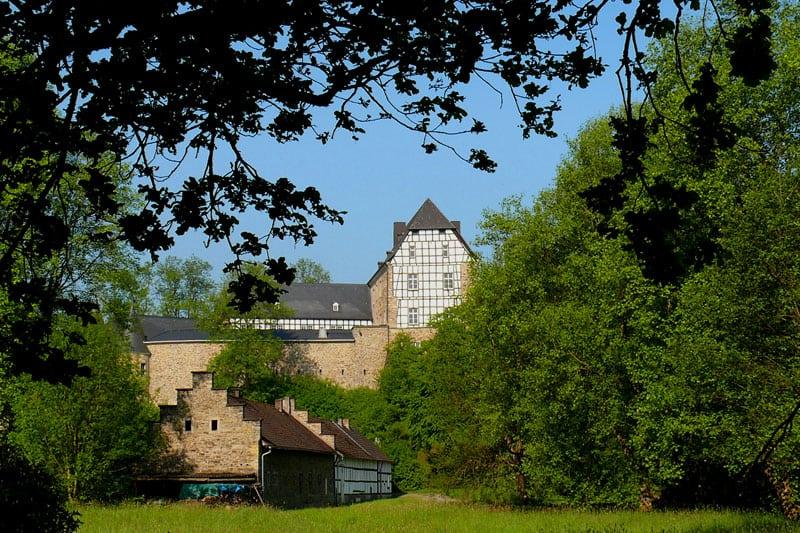 Burg-Herrnstein_Ruppichteroth